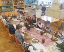 Wigilia przedszkolaków 2020 (3)