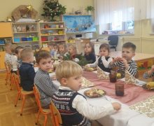 Wigilia przedszkolaków 2020 (6)