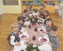 Wigilia przedszkolaków 2020 (7)